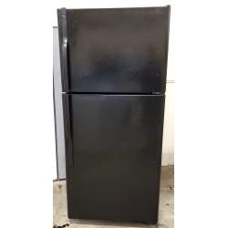 GE 18 cu.ft Refrigerator