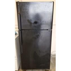 GE 18 cu.ft Black Refrigerator